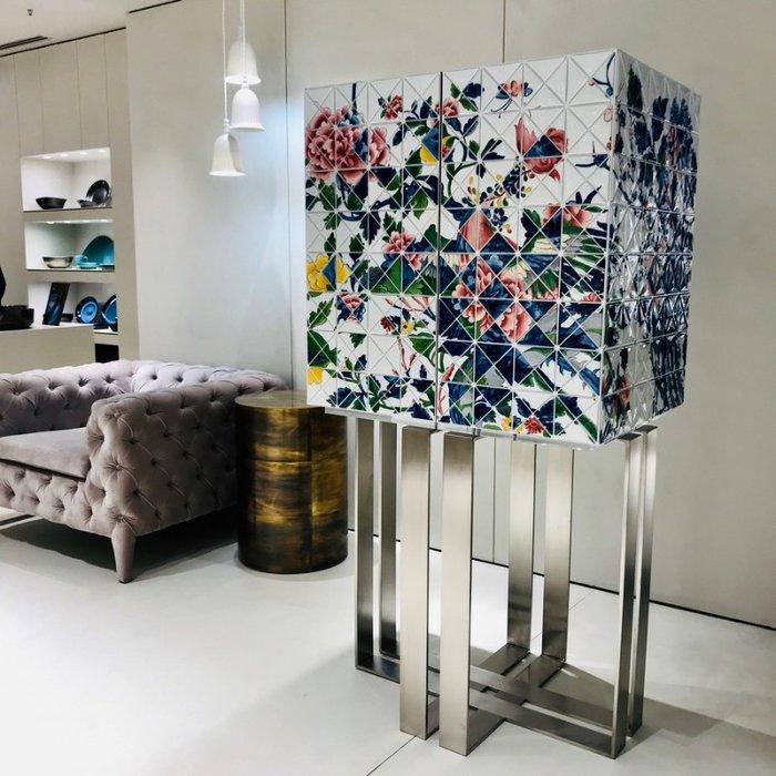 Новые изделия от роскошных брендов дизайна интерьера