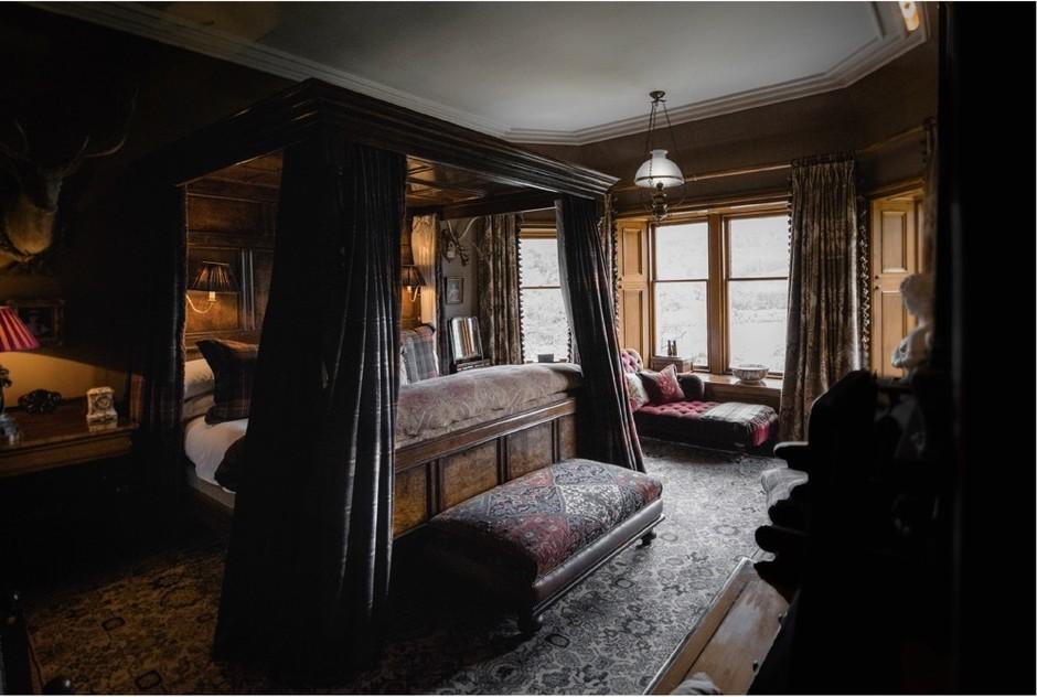 Шотландское поместье, где снимался сериал «Корона»