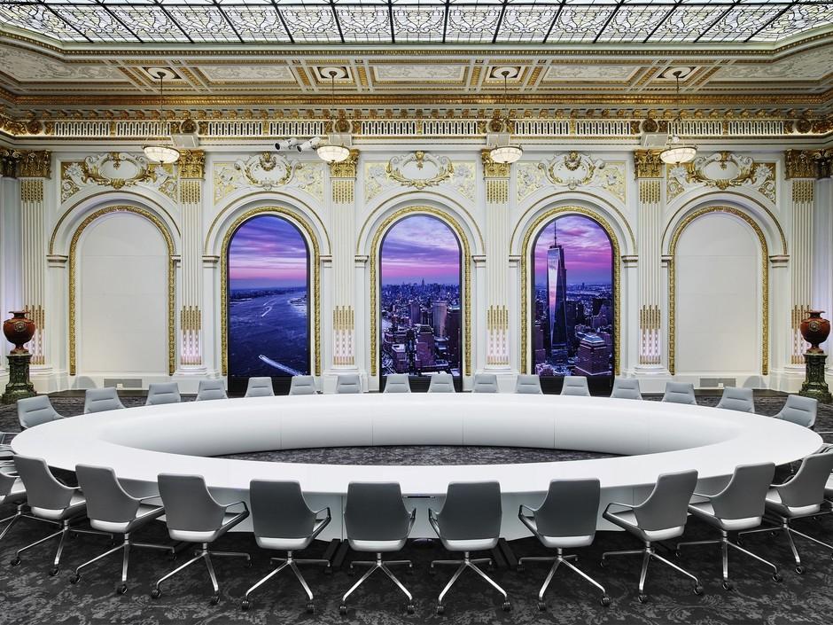Как выглядят интерьеры Нью-Йоркской фондовой биржи Интерьеры Интерьеры Нью-Йоркской фондовой биржи 940x705 1 871fed5f1bdc391b9131dfbfaf1ac817 1880x1410 0xac120002 10506262531550236872
