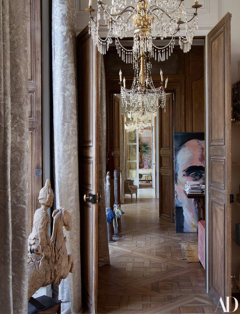 Обзор известных парижских апартаментов от Станислас Изабель
