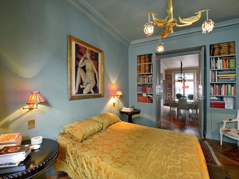 Классические парижские апартаменты с видом на Нотр–Дам