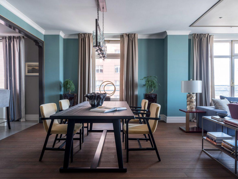 Интерьер квартиры с панорамными окнами