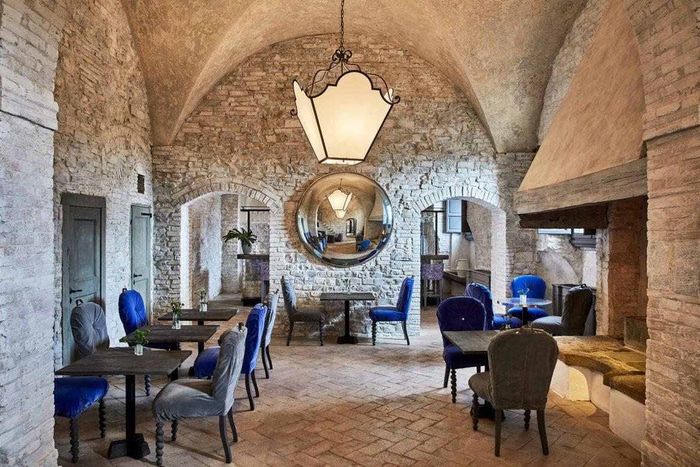 Отель в итальянском замке