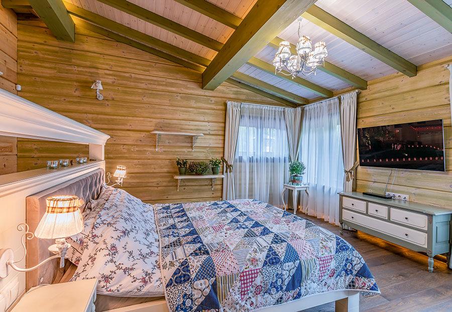 Осмотр дома в Подмосковье на опушке леса